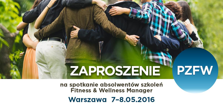 Zaproszenie na zjazd absolwentów odbywający się w Warszawie 19-20 marca 2016 r. Na zdjęciu widoczna jest grupa ludzi - przyjaciół stojących razem,